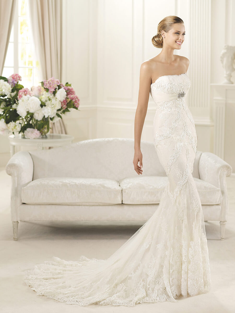soft mermaid style fit & flare bridal gown
