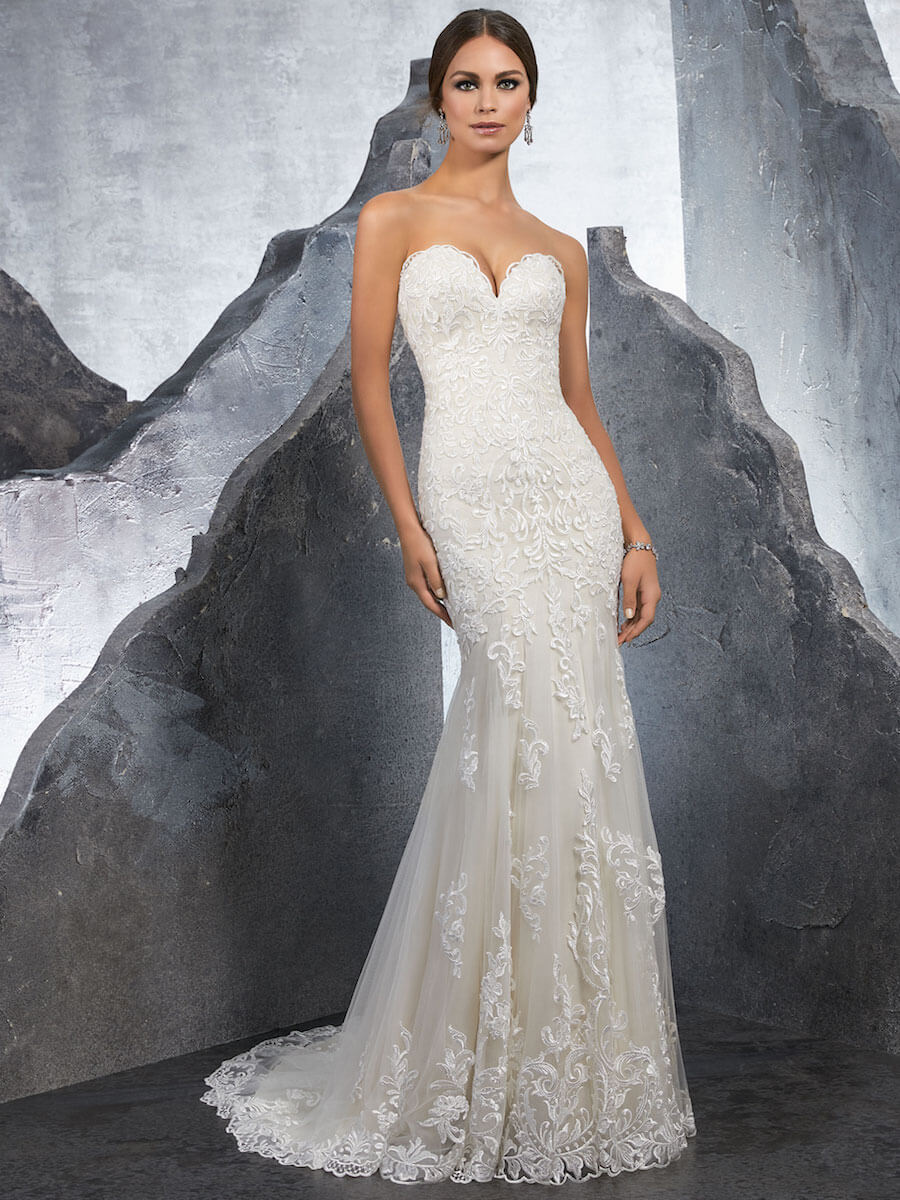 stunning fitted sheath gown