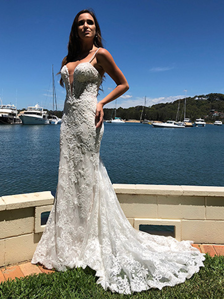 Peter_Trends_Wedding_Dress