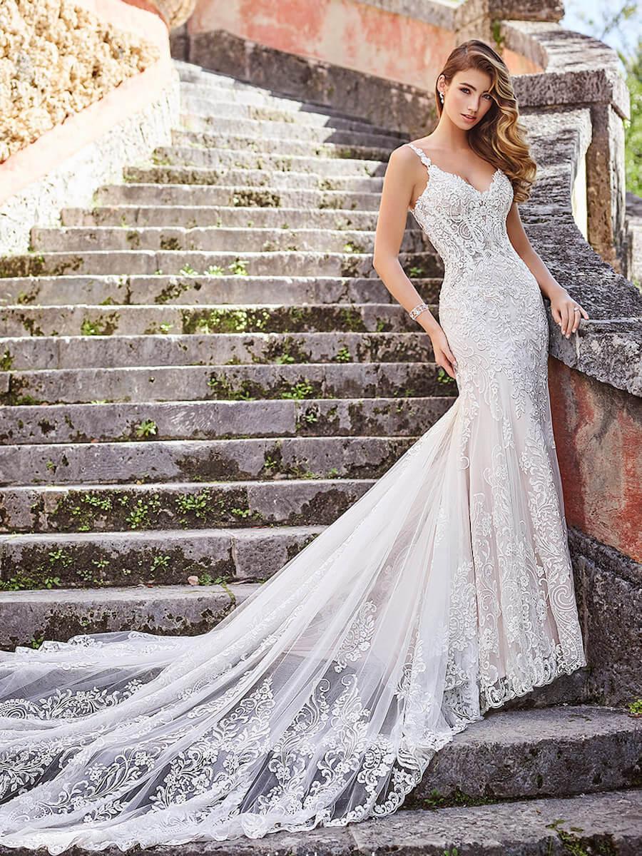 218203_A Bridal Dress