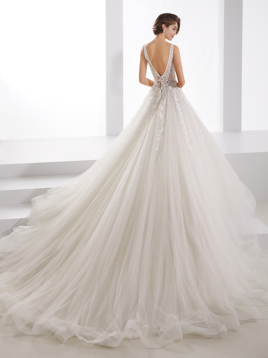 fabulous princess ivory gown
