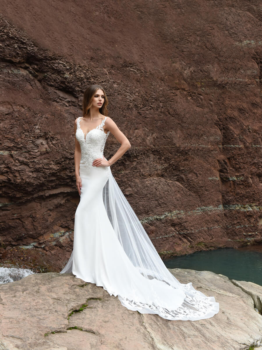 Desire bridal gown
