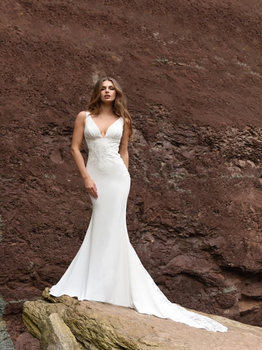 Obsessed bridal gown