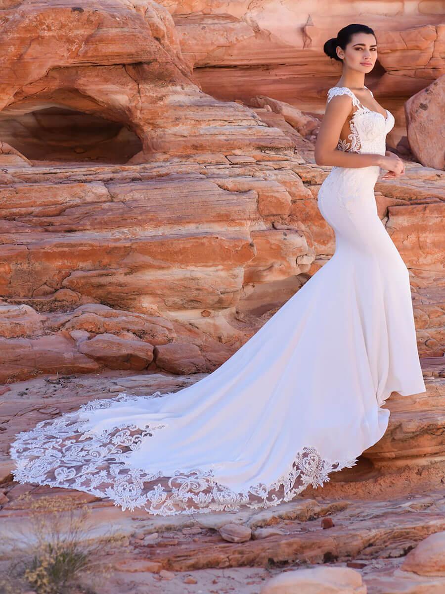 Circe bridal gown