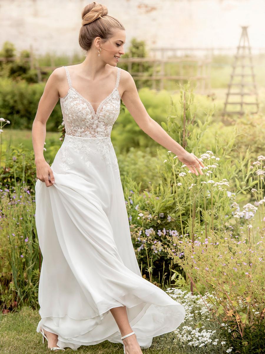 KRW19 bridal dress