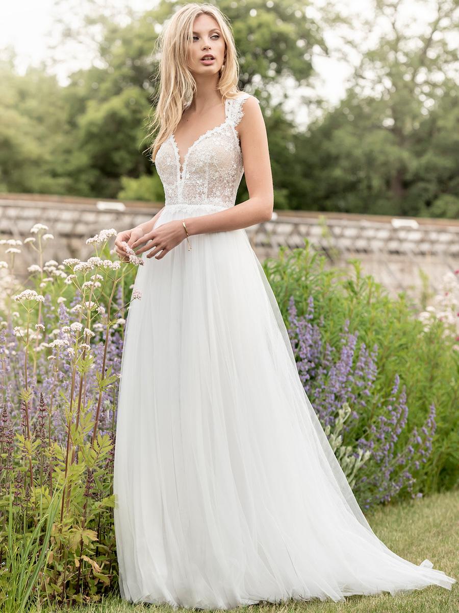 KRW29 bridal dress