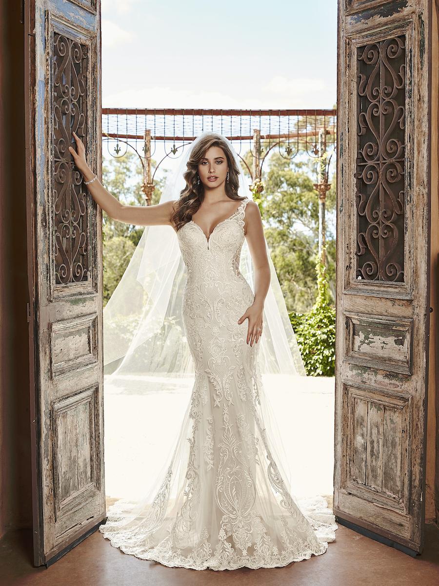 Y21988_Campaign bridal dress